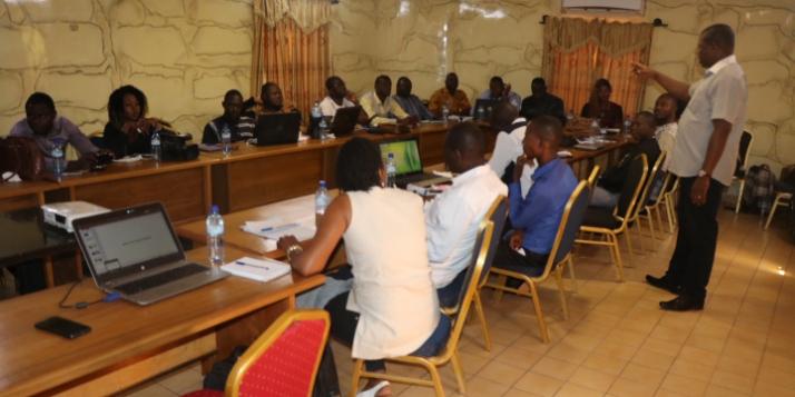 Formation des 29 journalistes (c) Apefe