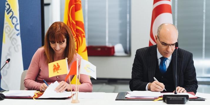 Mme Pascale Delcomminette, Administratrice générale de WBI, et Mr Nabil Ammar, Directeur général des Affaires Politiques, Economiques et de Coopération pour l'Europe et l'Union Européenne au Ministère des Affaires étrangères (c) J. Van Belle - WBI