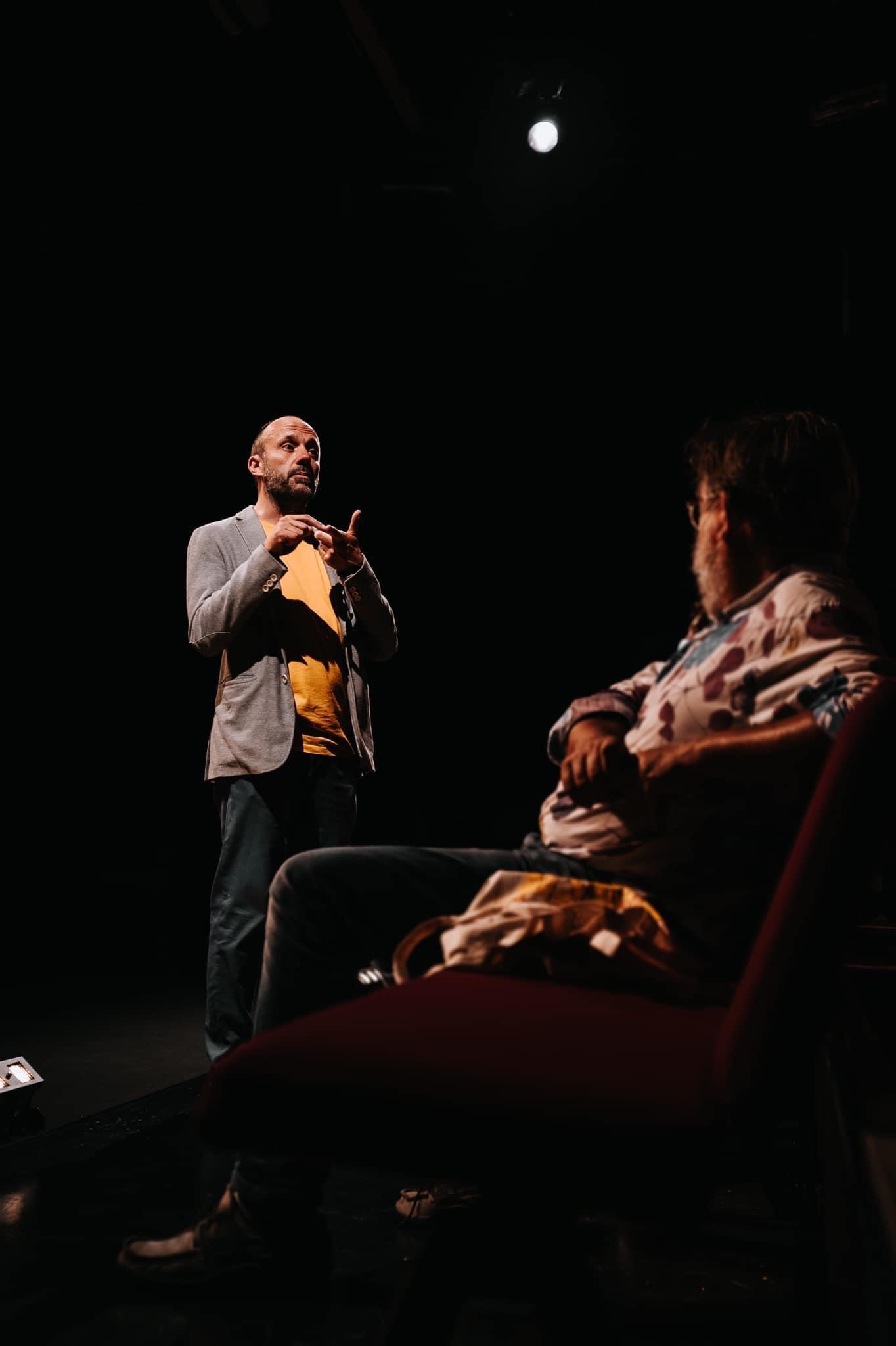 «Un silence ordinaire» par l'Inti Théâtre ©️ J. Van Belle - WBI