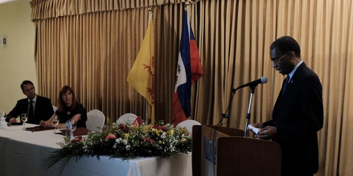 Mr Patrick Van Gheel, Ambassadeur de Belgique à Haïti, Mme Pascale Delcomminette, Administratrice générale de WBI, et Mr Antonio Rodrigue, Ministre des Affaires étrangères et des Cultes de la République d'Haïti (c) C. Barattucci - WBI
