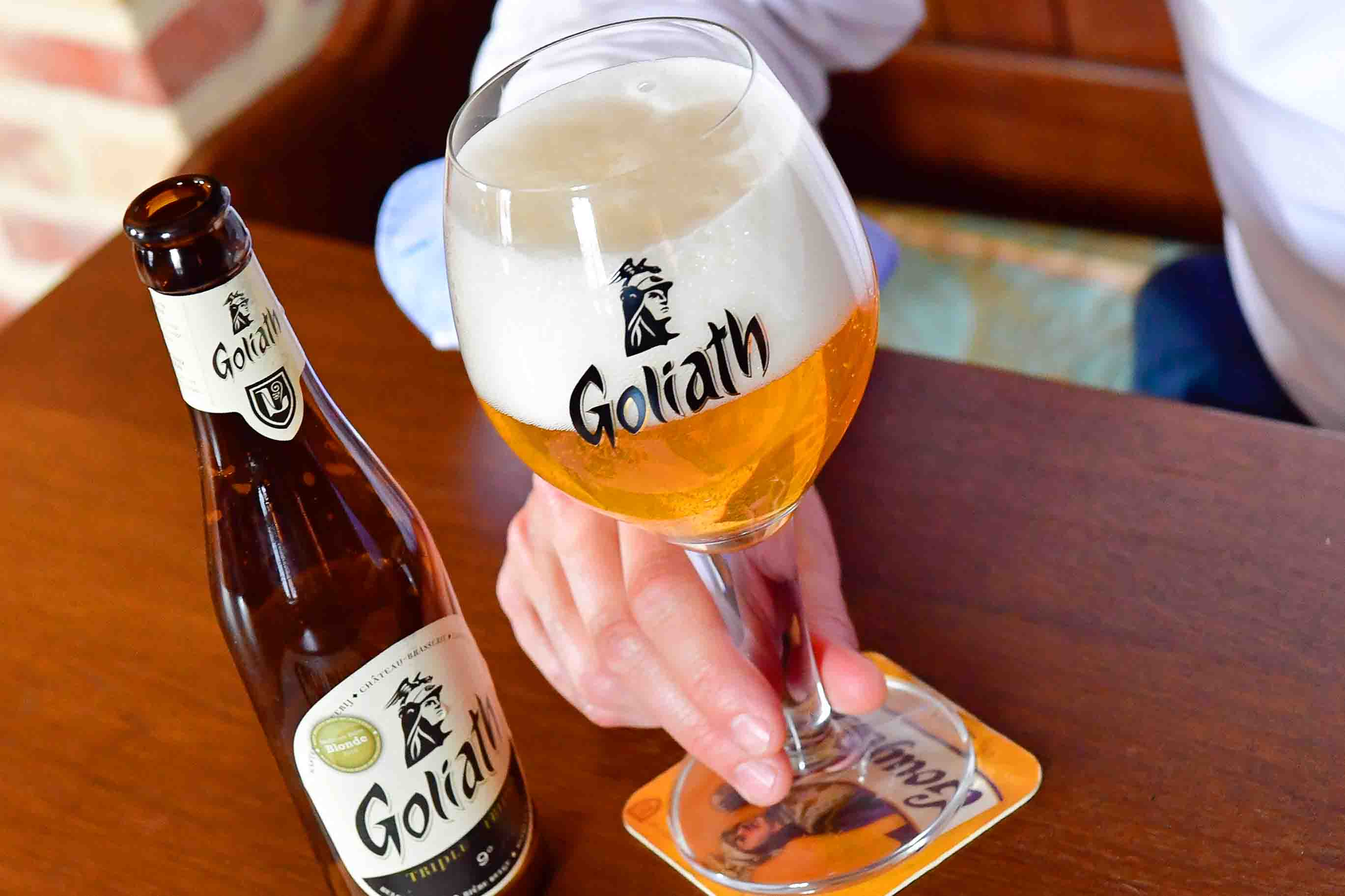 La Goliath, bière blonde - Brasserie des Légendes (c) beertourism