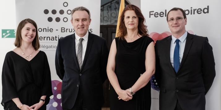 La Déléguée générale, l'Ambassadeur de Belgique, la Conseillère économique et son conjoint (c) J. Van Belle - WBI