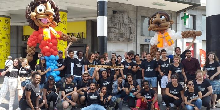"""Dans le cadre du projet """"Citoyens d'Europe"""", les jeunes ont organisé une marche à Bruxelles pour l'accueil et la justice migratoire"""