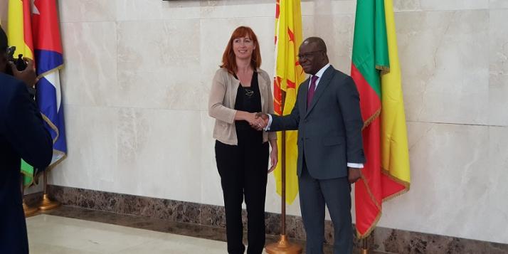 Pascale Delcomminette, Administratrice générale de WBI, et Aurélien A .Agbenonci, Ministre des Affaires étrangères et de la coopération de la République du Bénin  - cliquer pour agrandir