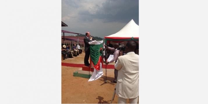Le Ministre-Président Rudy Demotte en visite au Burundi - cliquer pour agrandir