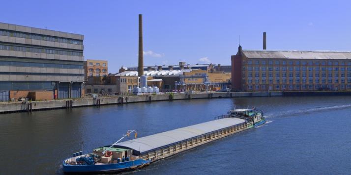 Transport fluvial - cliquer pour agrandir