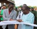 Inauguration de la Foire de l'Arbre par le Ministre de l'Environnement du Burkina Faso à travers la coupure du ruban